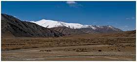 slides/95317118-2.jpg Himalaya Indien Kloster Ladakh Motorrad Mönch Tanglangla Tempel Tso Moriri Tso kar 95317118-2