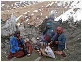 slides/95307015.jpg Himalaya Indien Kloster Ladakh Motorrad Mönch Tanglangla Tempel Tso Moriri Tso kar 95307015