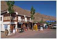 slides/95317050.jpg Himalaya Indien Kloster Ladakh Motorrad Mönch Tanglangla Tempel Tso Moriri Tso kar 95317050