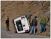 slides/95317081.jpg Himalaya Indien Kloster Ladakh Motorrad Mönch Tanglangla Tempel Tso Moriri Tso kar 95317081