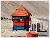 slides/95317093.jpg Himalaya Indien Kloster Ladakh Motorrad Mönch Tanglangla Tempel Tso Moriri Tso kar 95317093